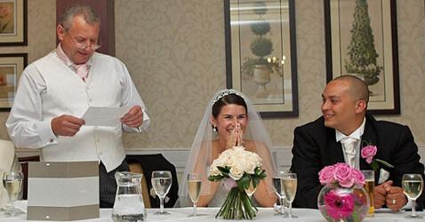 Qual è Il Ruolo Del Padre Della Sposa Durante Le Nozze?